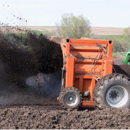CT1400 Kooima Compost Turner 2